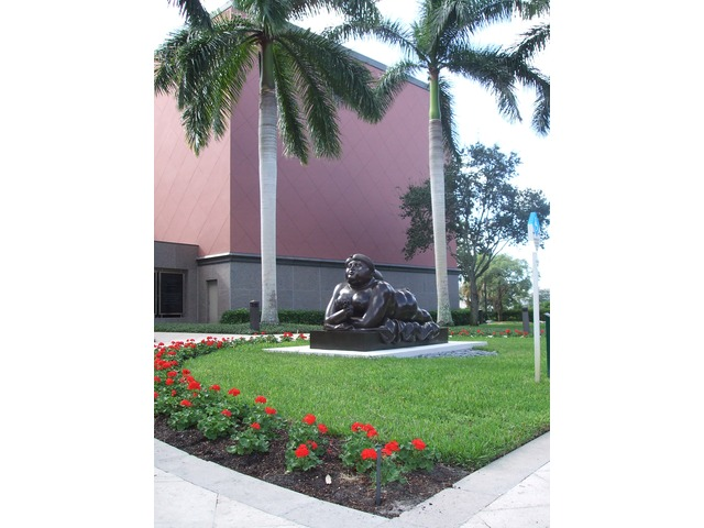 Naples Real Estate - POI Naples Philharmonic Center for the Arts Photo 2